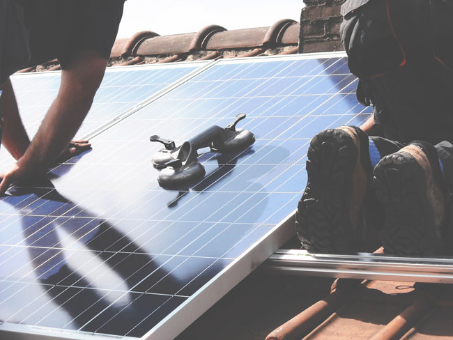 How-does-a-Solar-Roof-Work