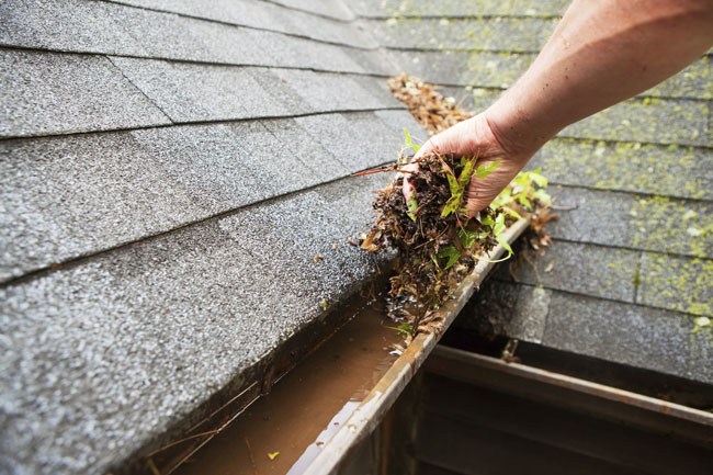 Four Reasons Your Rain Gutters Are Sagging