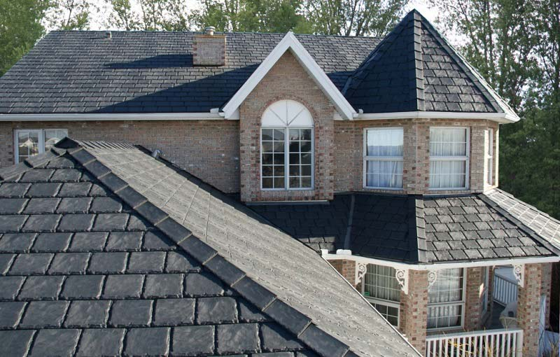 Rubber Shingles: How Do They Compare to Regular Asphalt?